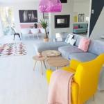 2-accente colorate in amenajarea unui living modern cu aer de vara