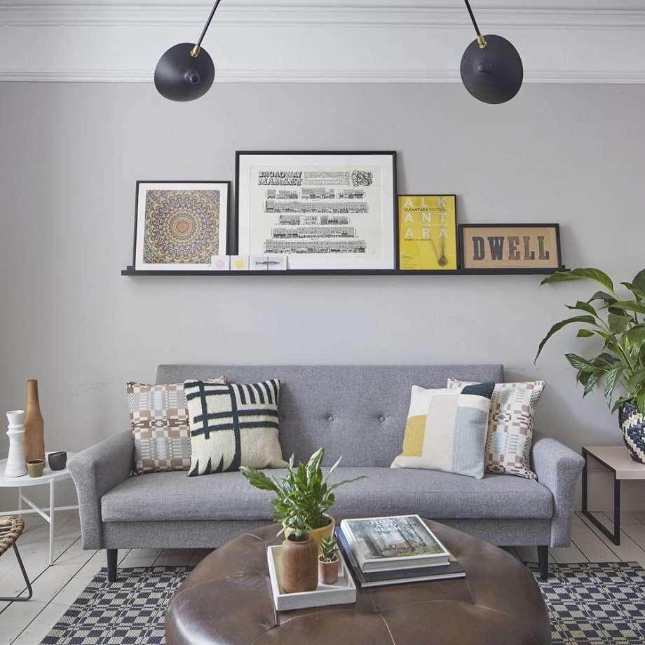 2-accente-galbene-decor-living-modern-pereti-gri
