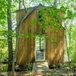 2-acces cabana lemn construita cu 4000 dolari