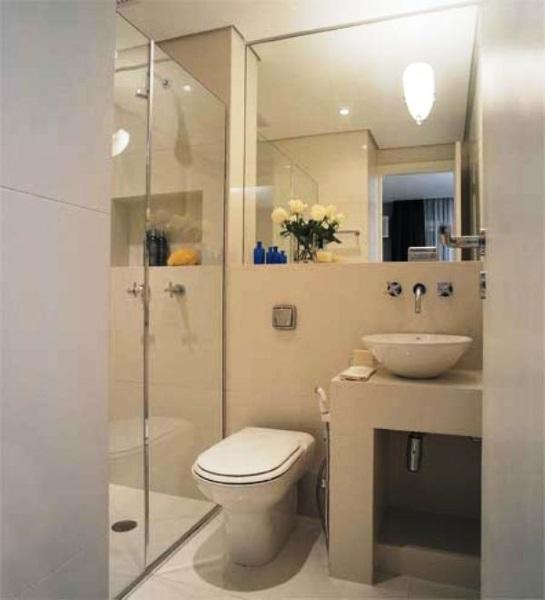 2-baie mica moderna cu cabina de dus in locul cazii