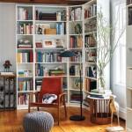 2-biblioteca loc de lectura amenajat in coltul din living