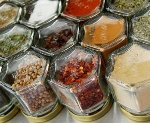2-borcanase condimente bucatarie din borcane de mancare pentru copii goale