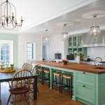 2-bucatarie clasica cu mobilier verde mentolat