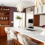 2-bucatarie frumoasa cu insula de bucatarie tip loc de luat masa