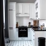 2-bucatarie mica mobila alba si blat negru