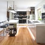 2-bucatarie moderna in alb negru si gri cu parchet laminat
