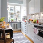 2-bucatarie suedeza traditionala lunga si ingusta mobila alba