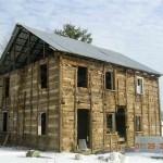 2-cabana lemn de nuc inainte de restaurare