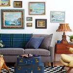 2-canapea gri in decor clasic cu accesorii albastre
