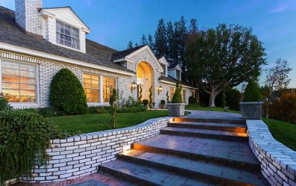 2-casa Jennifer Lopez dupa renovare