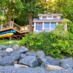 2-casa de vacanta cu terasa mare din lemn
