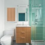 2-design baie moderna mica cu cabina de dus