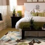 2-dormitor frumos cu accente verde olive si bleu