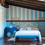 2-dormitor in mansarda in bleu si alb inainte de renovare
