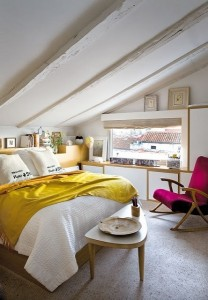 2-dormitor intim si confortabil amenajat in mansarda
