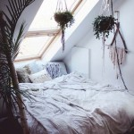 2-dormitor romantic amenajat intr-un pod mic