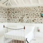 2-dormitor rustic in casa de piatra de pe insula Lesvos