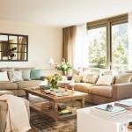 2-doua canapele si doua pufuri bej living decorat in nuante de bej