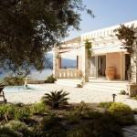 2-exterior casa de vacanta stil mediteranean Akrothea insula Meganissi Grecia