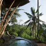 2-exterior casa din bambus complex Green Village Bali Indonesia