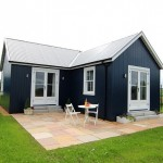 2-exterior casa mica 40 mp din lemn in forma de L