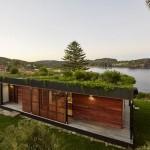2-exterior-casa-modulara-prefabricata-cu-iarba-pe-acoperis-proiect-avalon