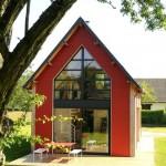 2-fatada casa mica din lemn cu mezanin