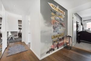 2-fototapet decorativ aplicat pe peretele din hol langa dormitor
