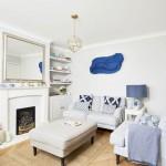 2-imagine de ansamblu living stil maritim mobilier alb accente albastre