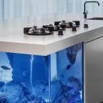 2-insula bucatarie cu acvariu integrat creatie designer robert kolenik