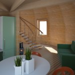 2-interior dom din lemn Dobrosfera pereti finisati cu lambriu lemn