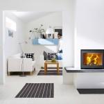 2-mobila pardoseala si pereti albi in decorul unei case mici