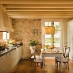 2-mobilier modern in decorul bucatariei rustice din casa veche renovata