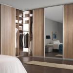 2-model dressing cu usi glisante proiectat pe doi pereti dormitor