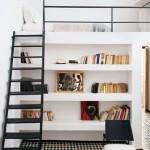 2-model scara simpla metalica in genul scarilor de pod pentru casa mica