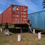 2-montare containere maritime pe piloni casa sperantei