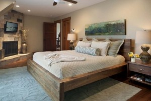 2-pat din lemn masiv dormitor modern accente clasice