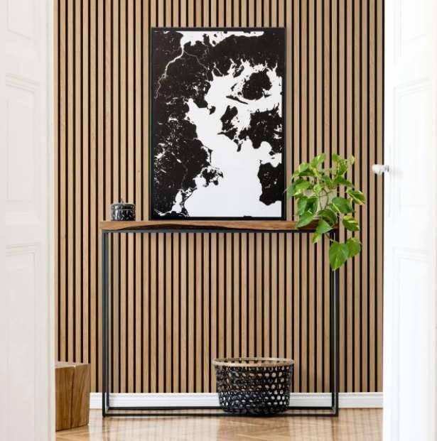 2-riflaj-decorativ-lemn-perete-hol