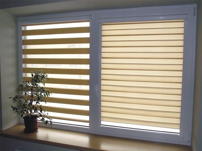 2-rolete-textile-tip-zebra-decor-fereastra