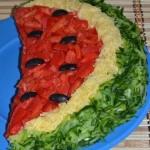 2-salata festiva Felie de Pepene pentru masa de Revelion