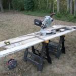 2-scanduri vechi din lemn materie prima pentru confectionarea unei usi glisante