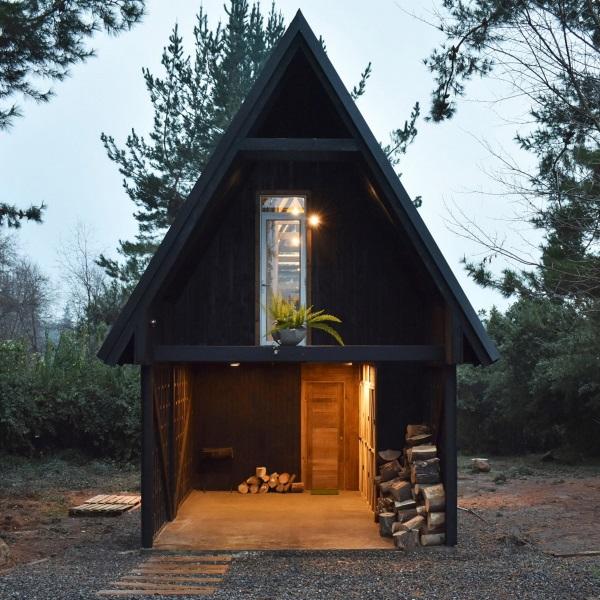2-spatele casei simple arhitect Felipe Lagos Patagonia