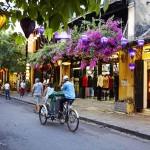 2-strada din orasul Hoi An Vietnam