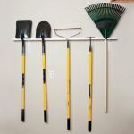 2-suport simplu pentru organizarea uneltelor de gradina