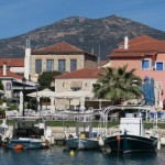 2-vedere din port Paralio Astros sat traditional grecesc Peloponez