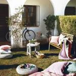 2-zona de relaxare in gradina din fata casei