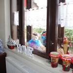 20-aranjemant decorativ pervaz magazin de cadouri si florarie Thea Decor