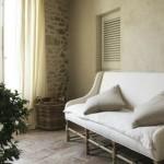 20-pardoseala din caramida perete din piatra naturala finisaje casa veche restaurata