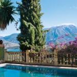 20-piscina exterioara los castillehos retreat andaluzia malaga spania