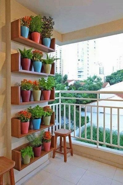 20-polite pentru flori pentru balcon